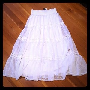 Gorgeous white lacy boho maxi skirt